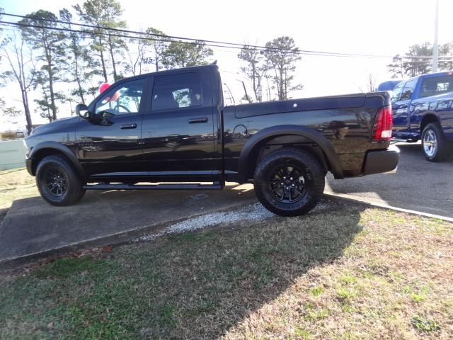 2018 Ram 1500 Crew Cab 4x4, Pickup #D18217 - photo 3