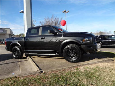 2018 Ram 1500 Crew Cab 4x4, Pickup #D18217 - photo 31