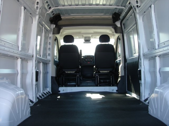 2018 ProMaster 2500 High Roof,  Empty Cargo Van #D18259 - photo 2