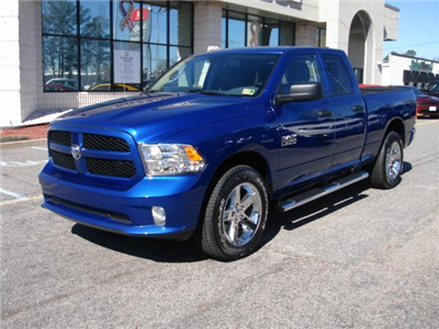 2018 Ram 1500 Quad Cab 4x4, Pickup #D18263 - photo 3