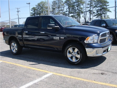 2018 Ram 1500 Crew Cab 4x4,  Pickup #D18321 - photo 5