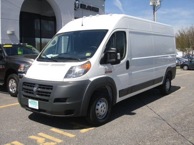 2018 ProMaster 2500 High Roof,  Empty Cargo Van #D18346 - photo 3