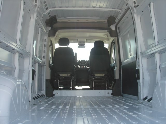2018 ProMaster 2500 High Roof,  Empty Cargo Van #D18346 - photo 2