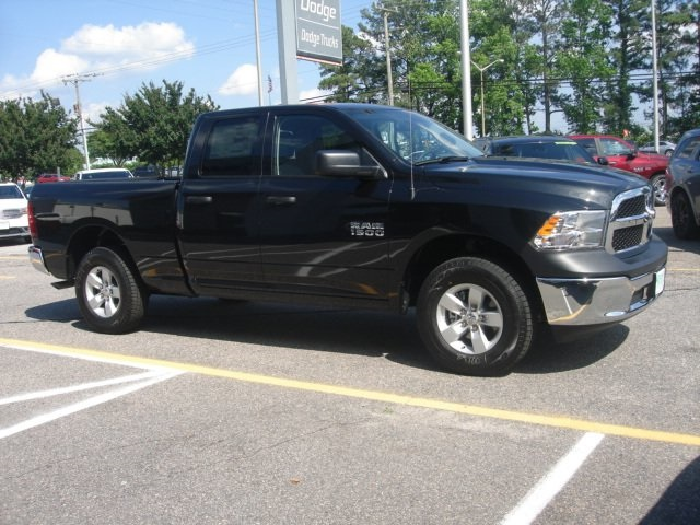 2018 Ram 1500 Quad Cab 4x4,  Pickup #D18386 - photo 5