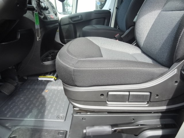 2018 ProMaster 2500 High Roof FWD,  Empty Cargo Van #D18470 - photo 9