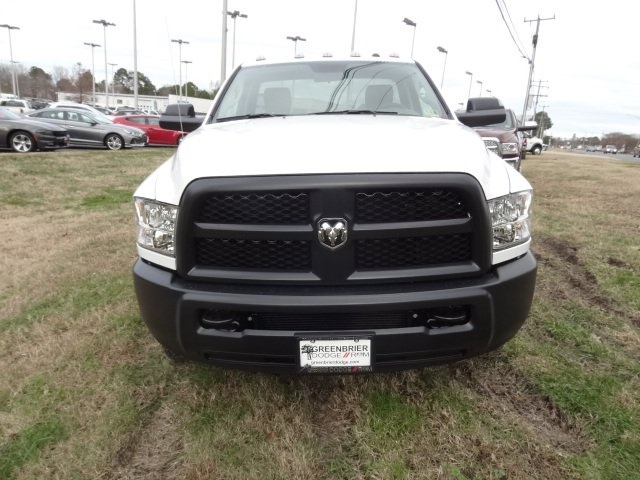 2018 Ram 3500 Regular Cab DRW 4x4,  Cab Chassis #D18547 - photo 6