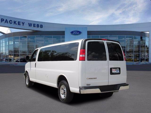 2019 Chevrolet Express 3500 4x2, Passenger Wagon #P4590 - photo 1