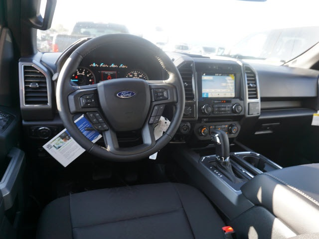 2018 F-150 Crew Cab 4x4 Pickup #IXX0140 - photo 10