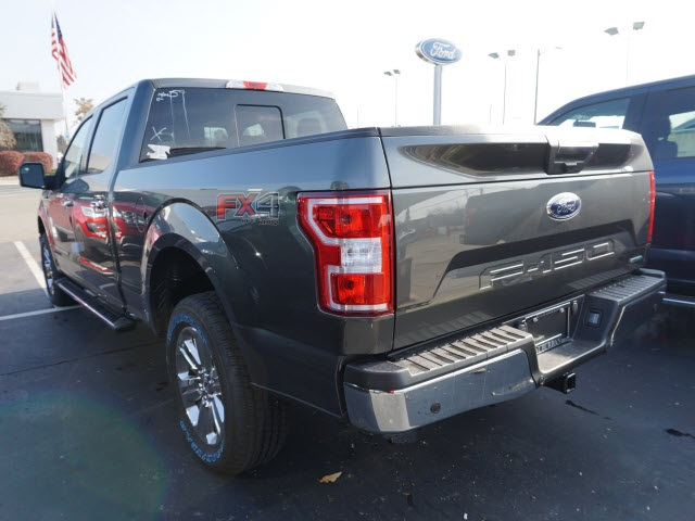 2018 F-150 Crew Cab 4x4 Pickup #IXX0373 - photo 2