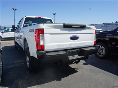2018 F-250 Crew Cab 4x4, Pickup #IXX2085 - photo 2