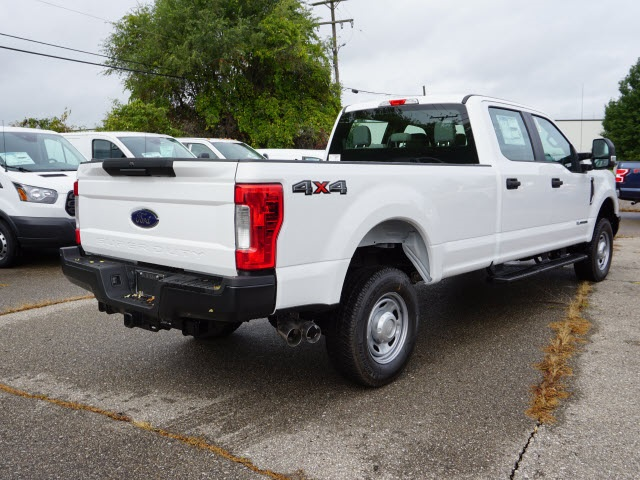 2019 F-250 Crew Cab 4x4,  Pickup #IZZ0054 - photo 7