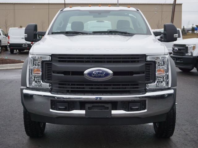 2019 F-550 Regular Cab DRW 4x2,  Cab Chassis #IZZ0854 - photo 3