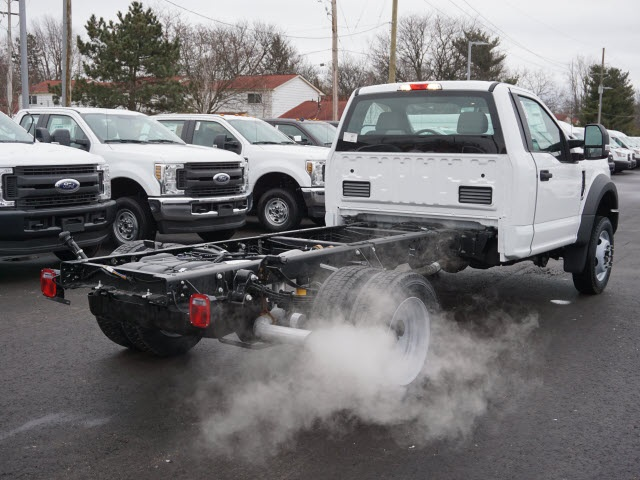 2019 F-550 Regular Cab DRW 4x2,  Cab Chassis #IZZ0854 - photo 7