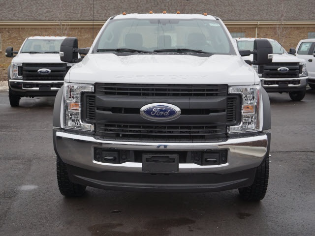 2019 F-550 Regular Cab DRW 4x4,  Cab Chassis #IZZ1042 - photo 3