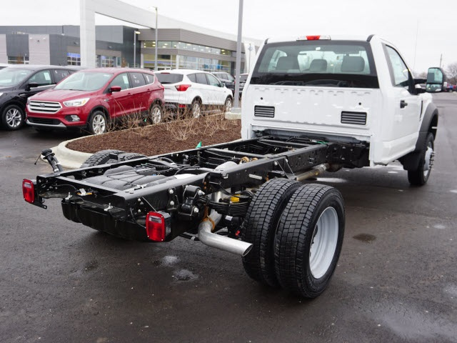 2019 F-550 Regular Cab DRW 4x4,  Cab Chassis #IZZ1042 - photo 7