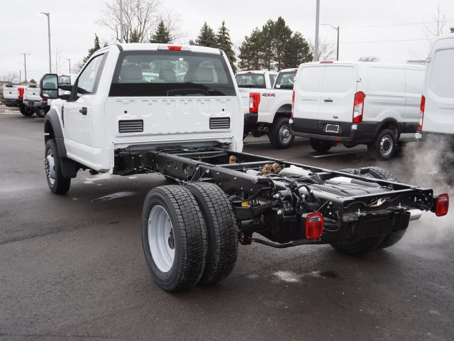 2019 F-550 Regular Cab DRW 4x4,  Cab Chassis #IZZ1042 - photo 2