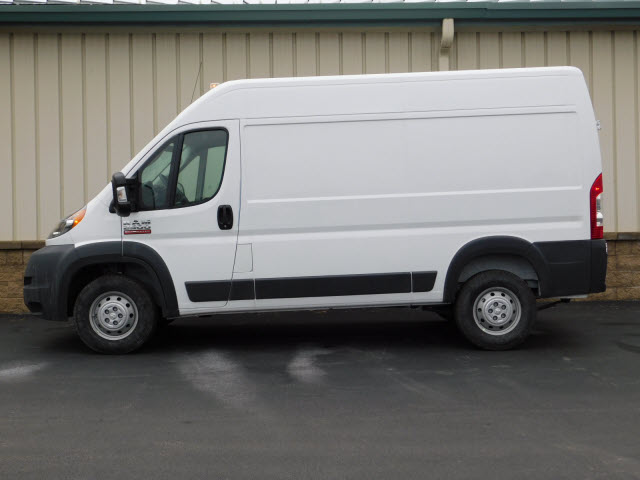 2018 ProMaster 2500 High Roof FWD,  Empty Cargo Van #18173 - photo 4