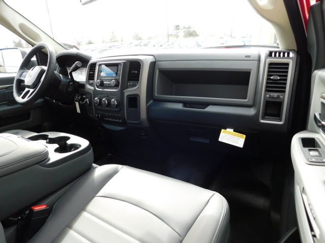 2018 Ram 2500 Regular Cab 4x4, Pickup #18562 - photo 7