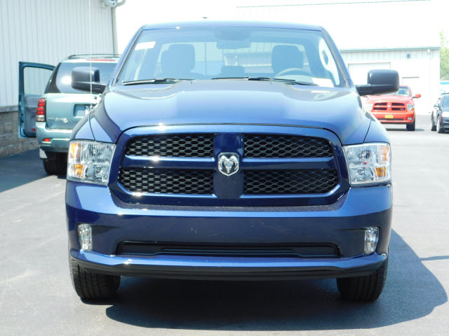 2018 Ram 1500 Quad Cab 4x4, Pickup #18660 - photo 3