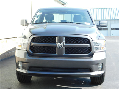 2018 Ram 1500 Quad Cab 4x4,  Pickup #18785 - photo 3