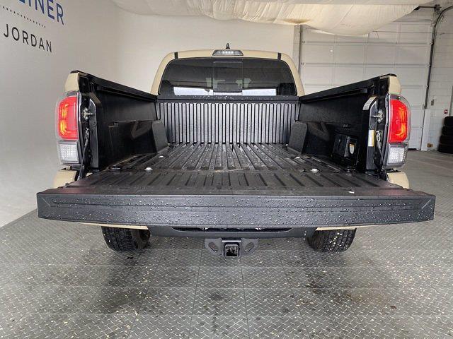 2020 Toyota Tacoma 4x4, Pickup #615438 - photo 1