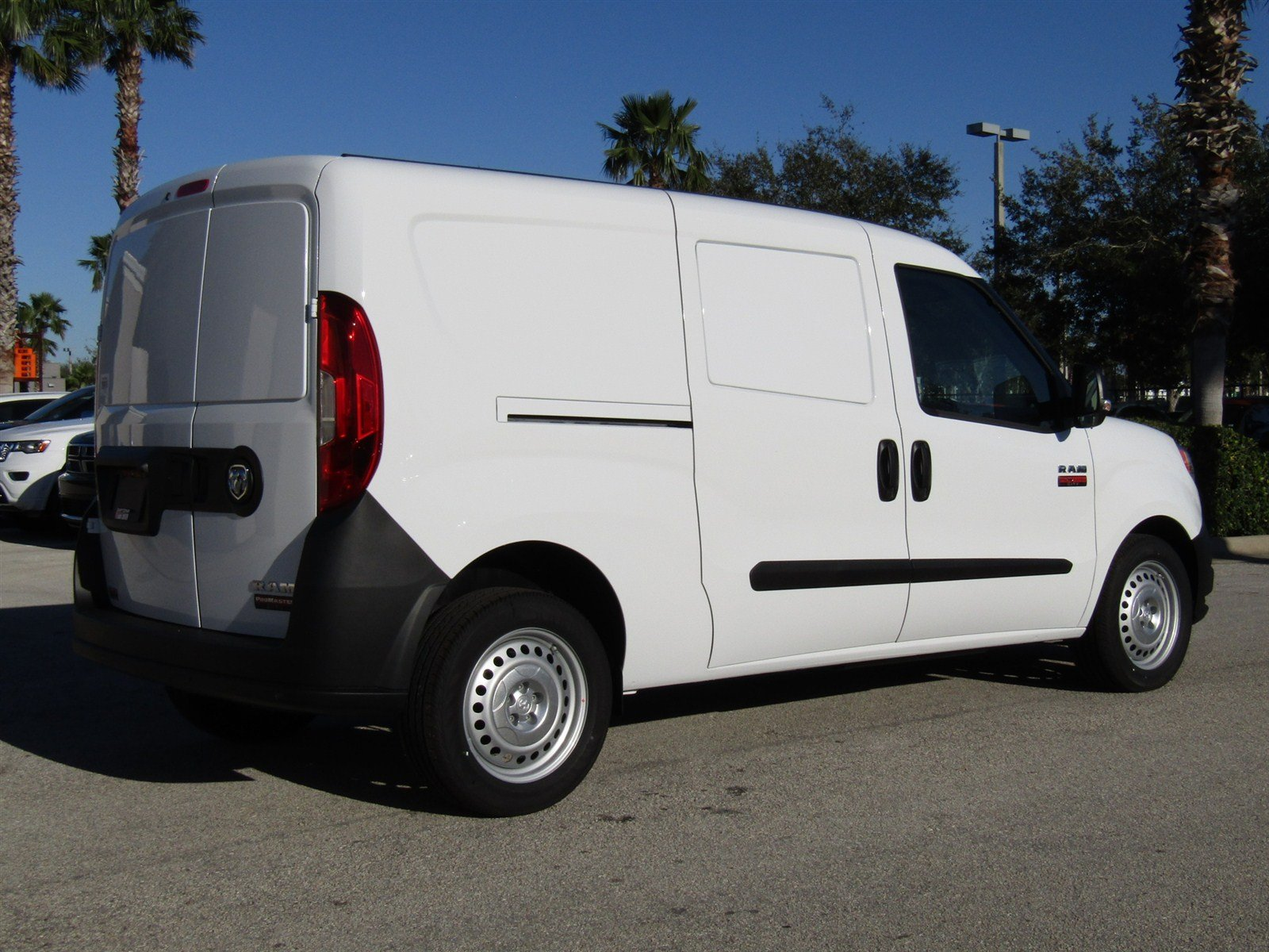 2017 ProMaster City Cargo Van #R17344 - photo 5