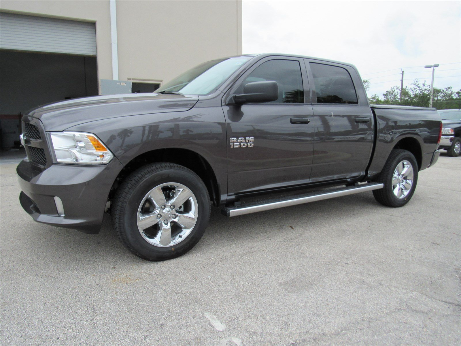 2017 Ram 1500 Crew Cab 4x4 Pickup #R17546 - photo 1