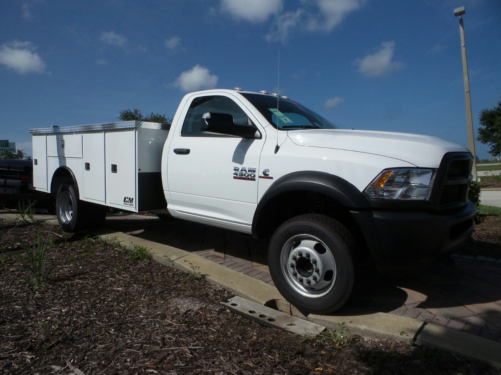 2017 Ram 4500 Regular Cab DRW 4x4, Service Body #R17568 - photo 14