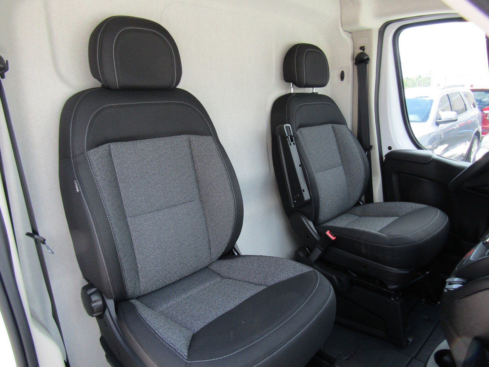 2017 ProMaster 2500 High Roof, Cargo Van #R17612 - photo 13
