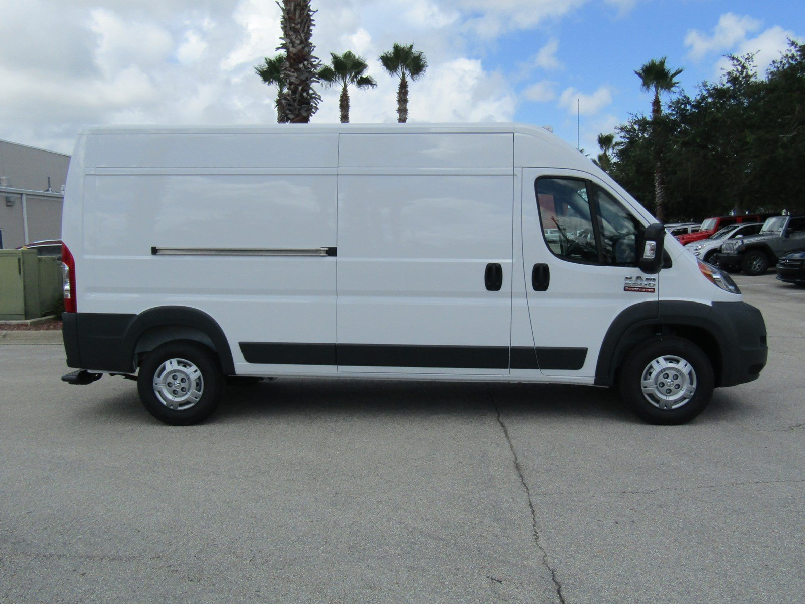 2017 ProMaster 2500 High Roof, Cargo Van #R17612 - photo 4