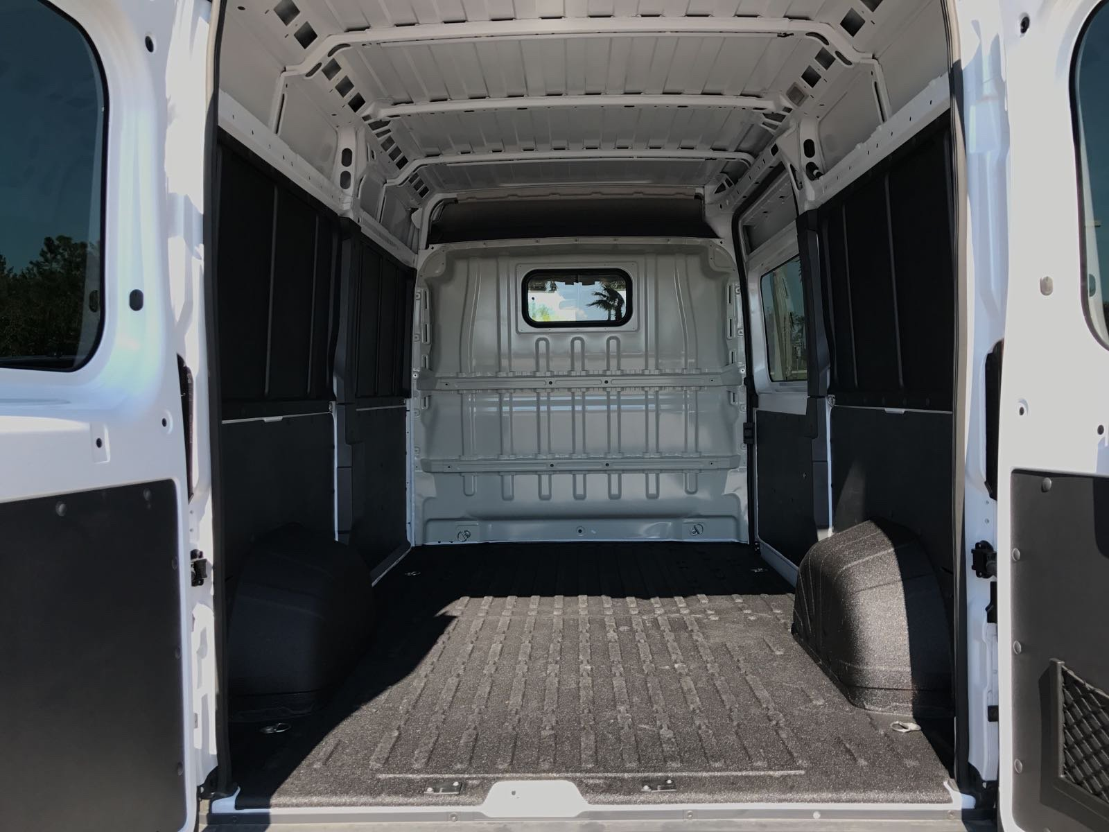 2017 ProMaster 2500 High Roof, Cargo Van #R17630 - photo 2