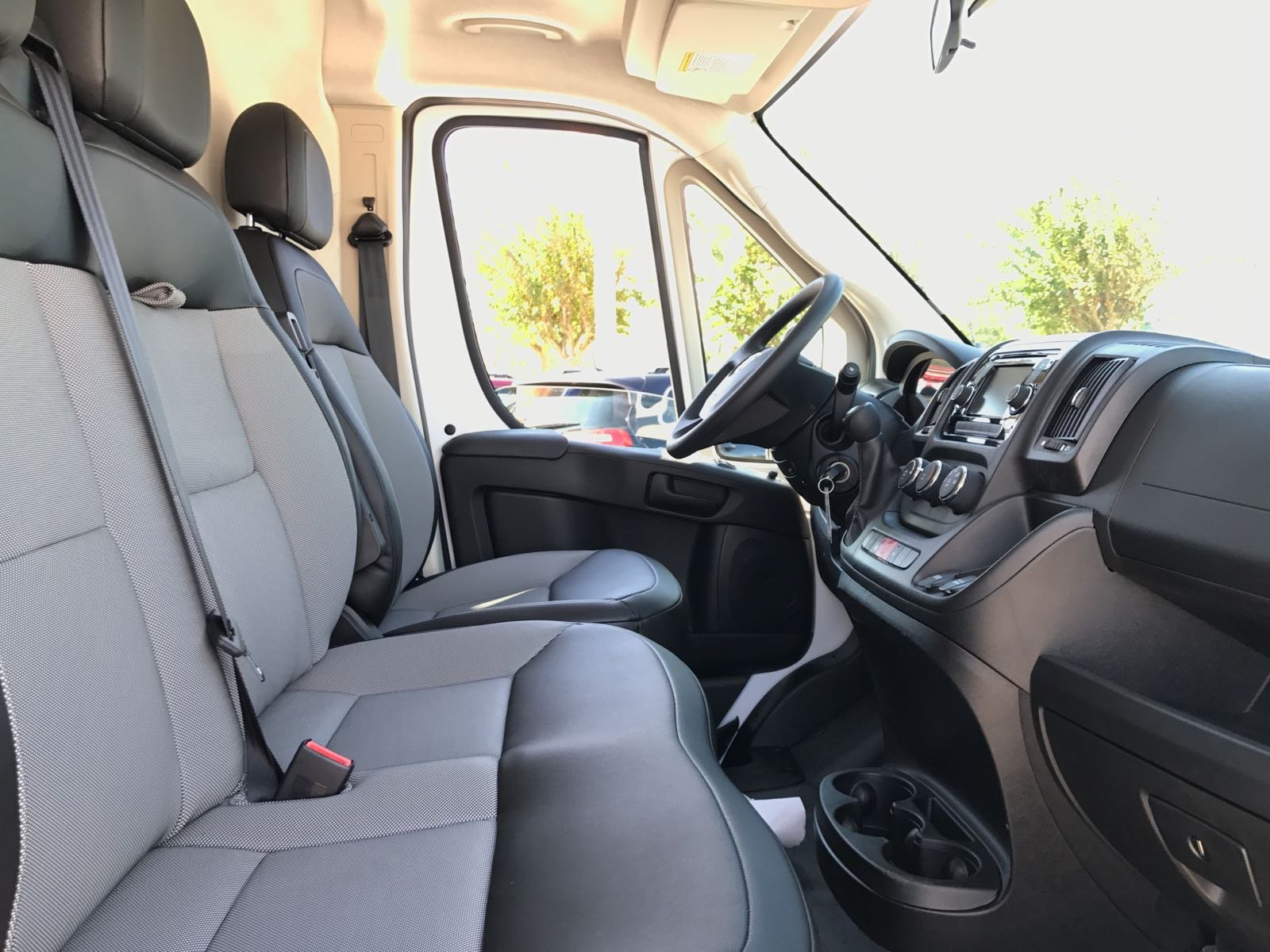 2017 ProMaster 2500 High Roof, Cargo Van #R17630 - photo 13
