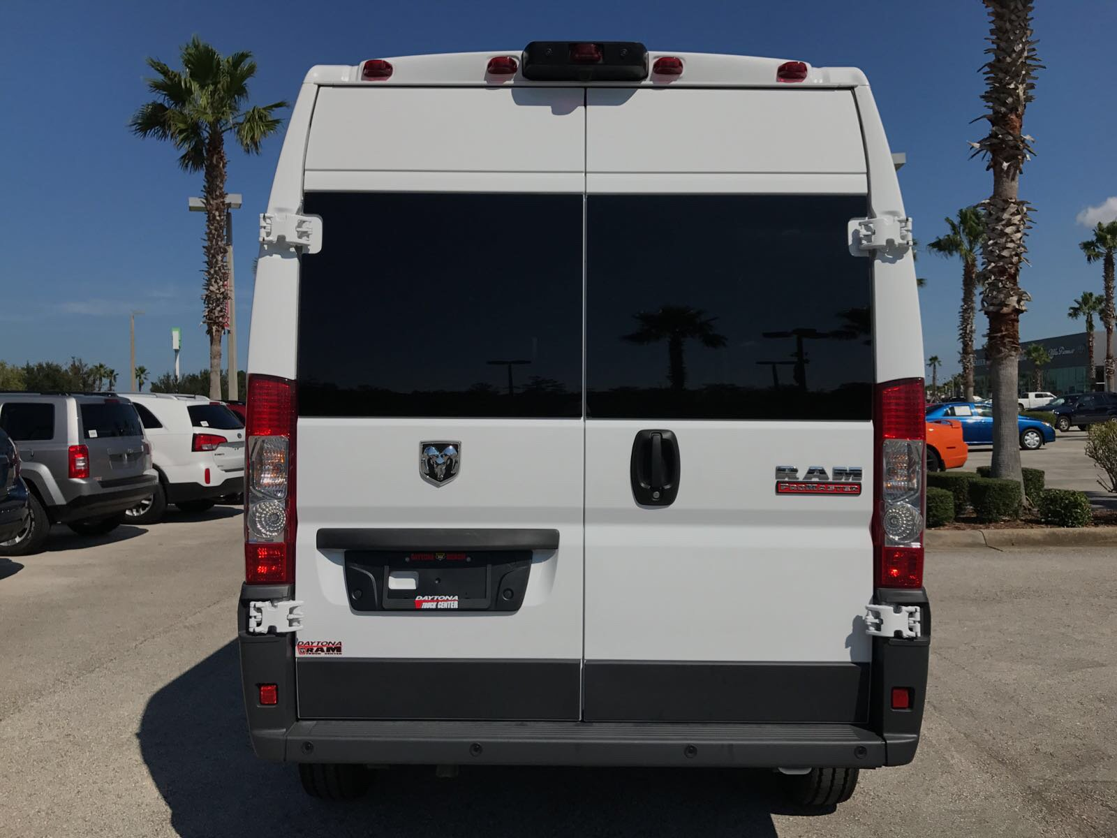 2017 ProMaster 2500 High Roof, Cargo Van #R17630 - photo 8