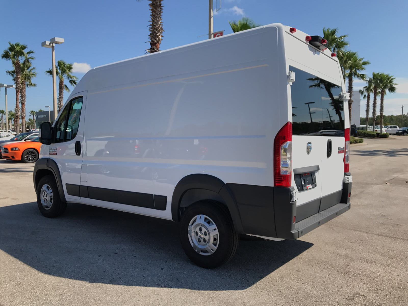 2017 ProMaster 2500 High Roof, Cargo Van #R17630 - photo 4