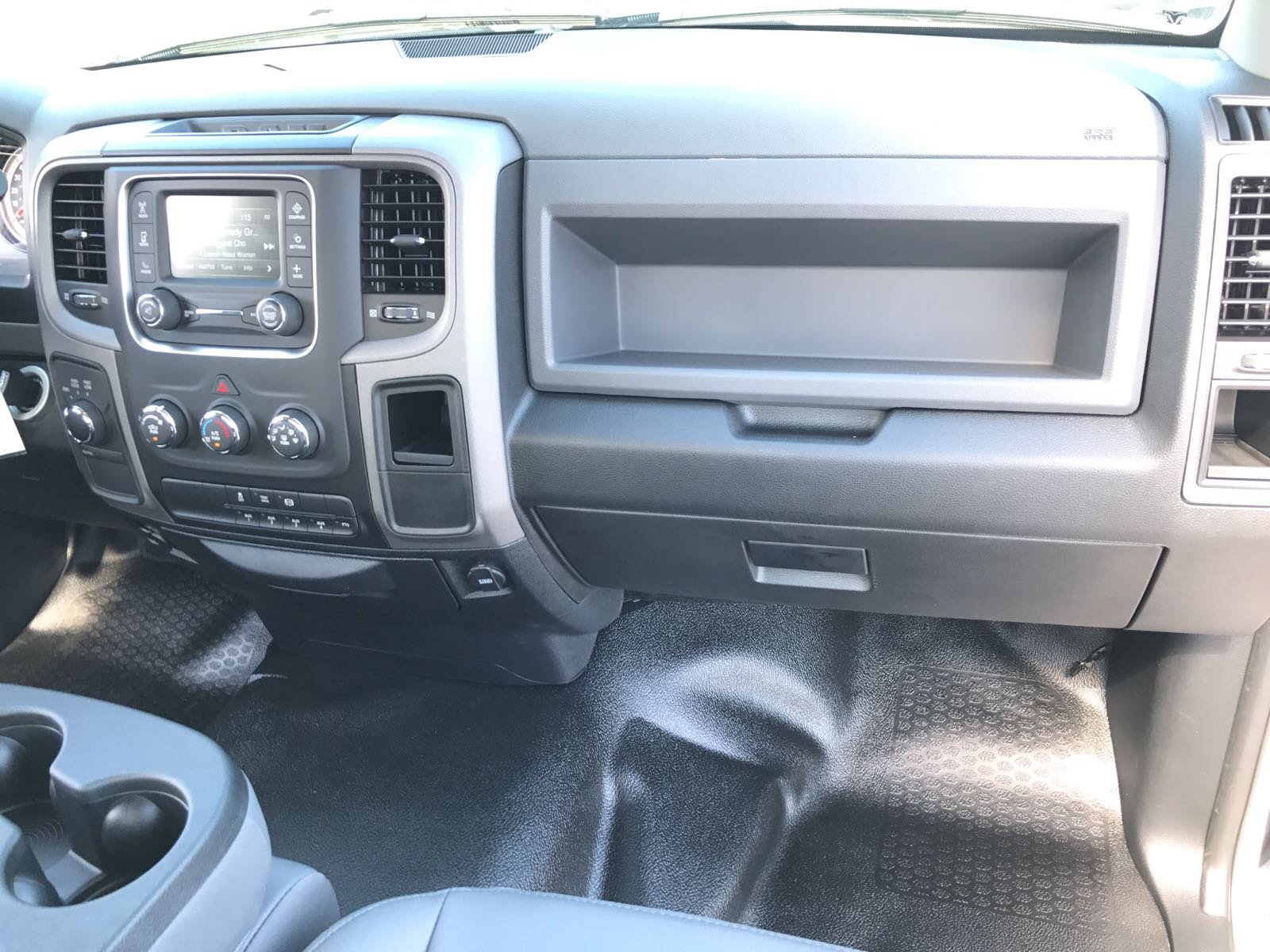 2017 Ram 3500 Regular Cab DRW 4x4, Cab Chassis #R17699 - photo 13