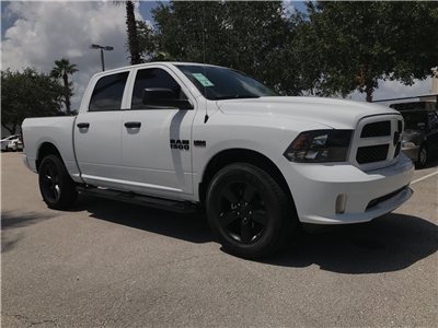2017 Ram 1500 Crew Cab 4x4, Pickup #R17703 - photo 3