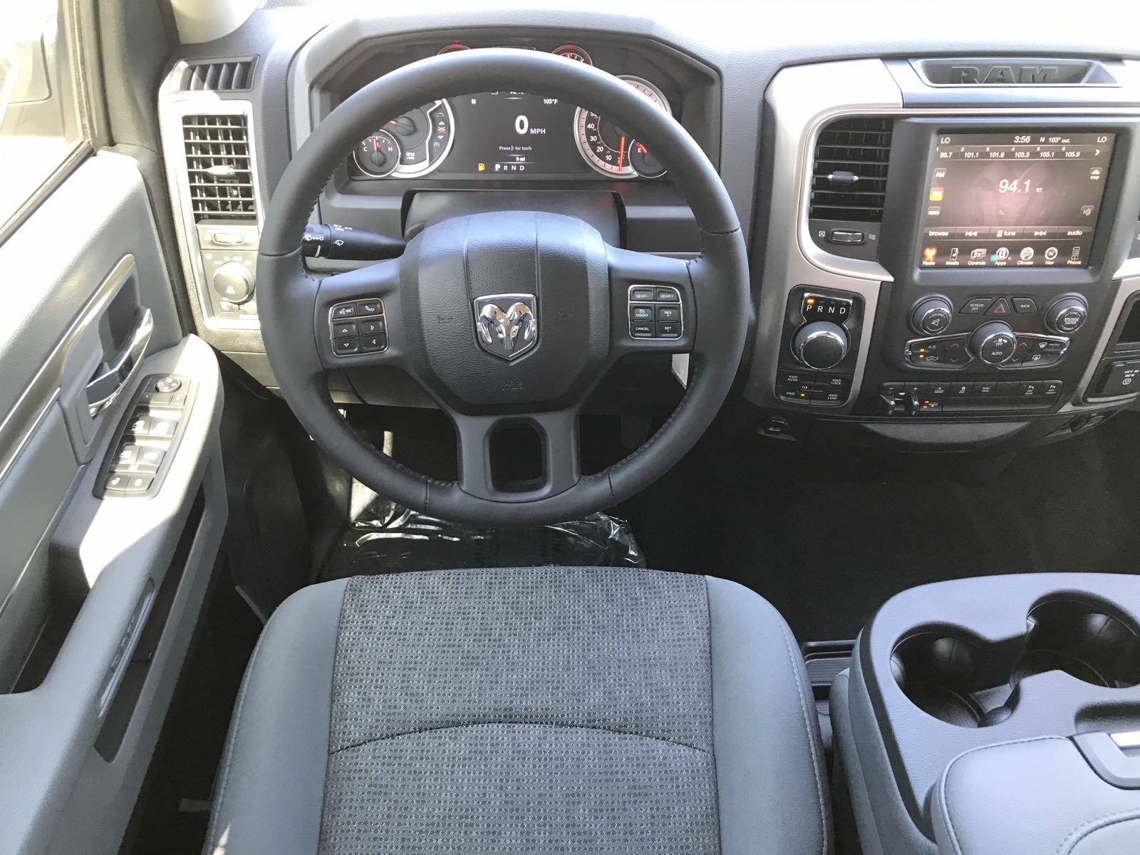 2017 Ram 1500 Crew Cab 4x4, Pickup #R17742 - photo 15