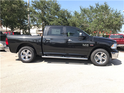 2017 Ram 1500 Crew Cab 4x4, Pickup #R17742 - photo 6