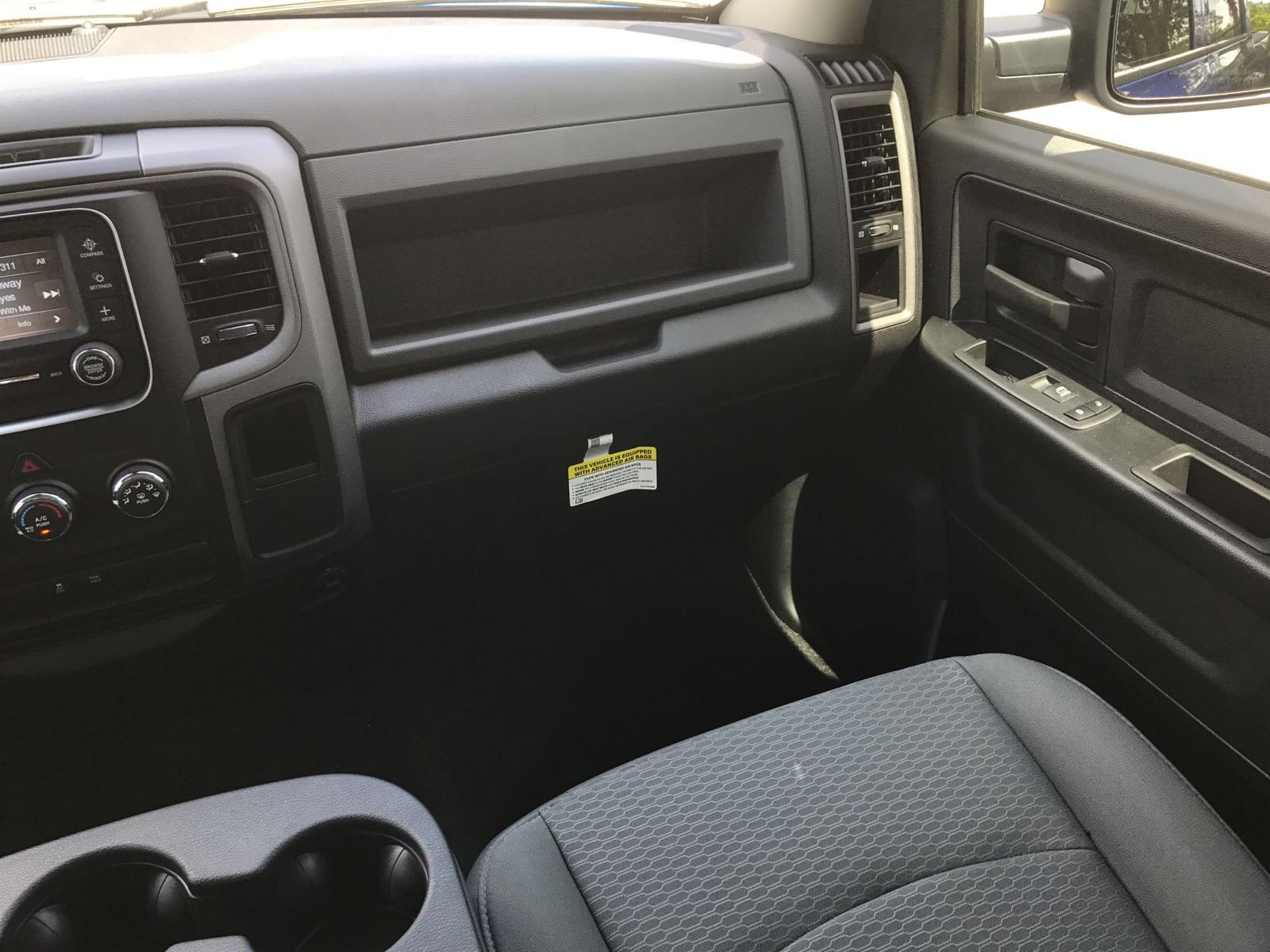 2017 Ram 1500 Crew Cab 4x4 Pickup #R17761 - photo 15