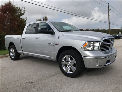 2017 Ram 1500 Crew Cab Pickup #R17805 - photo 4
