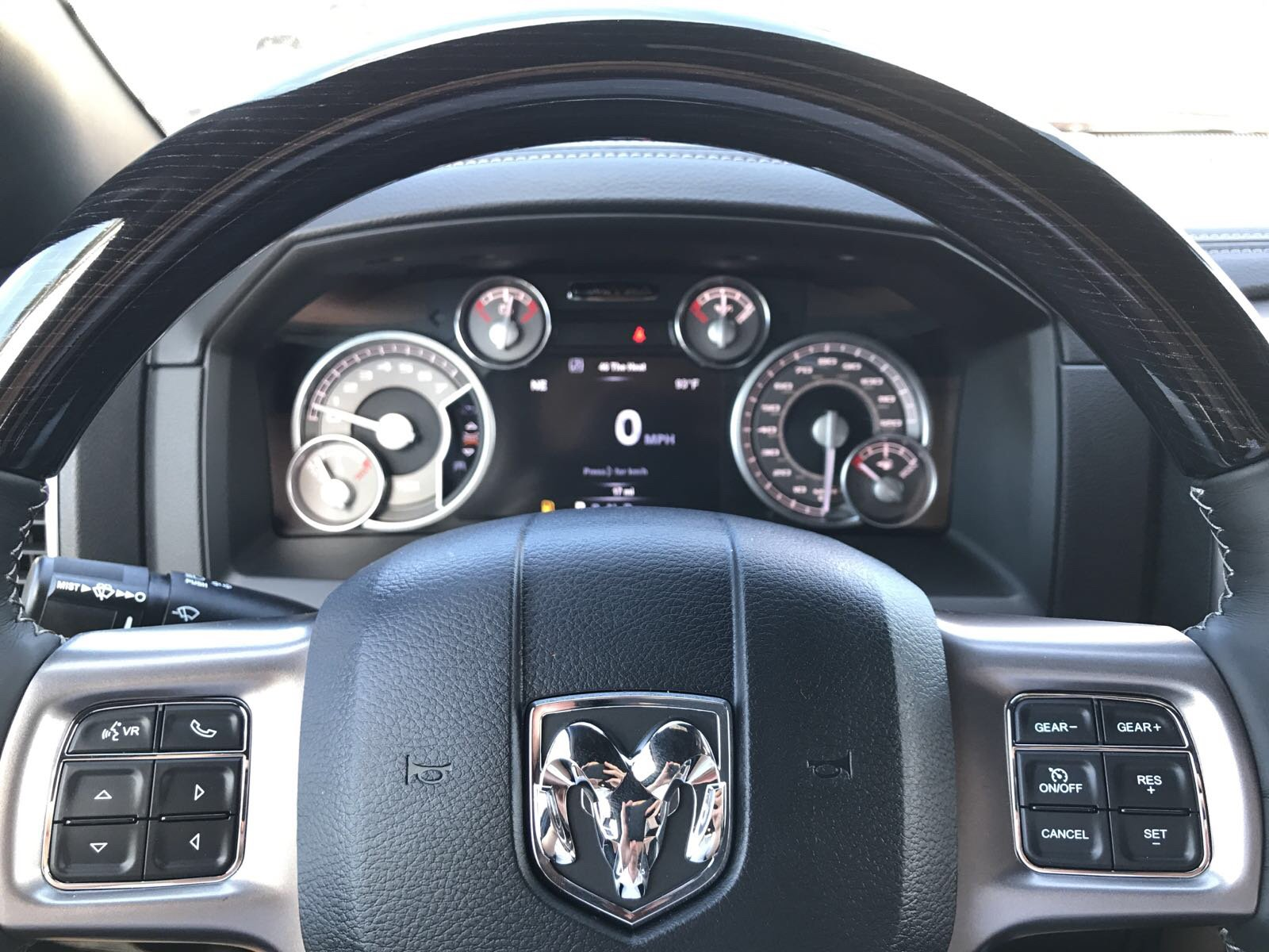 2017 Ram 1500 Crew Cab 4x4 Pickup #R17838 - photo 22
