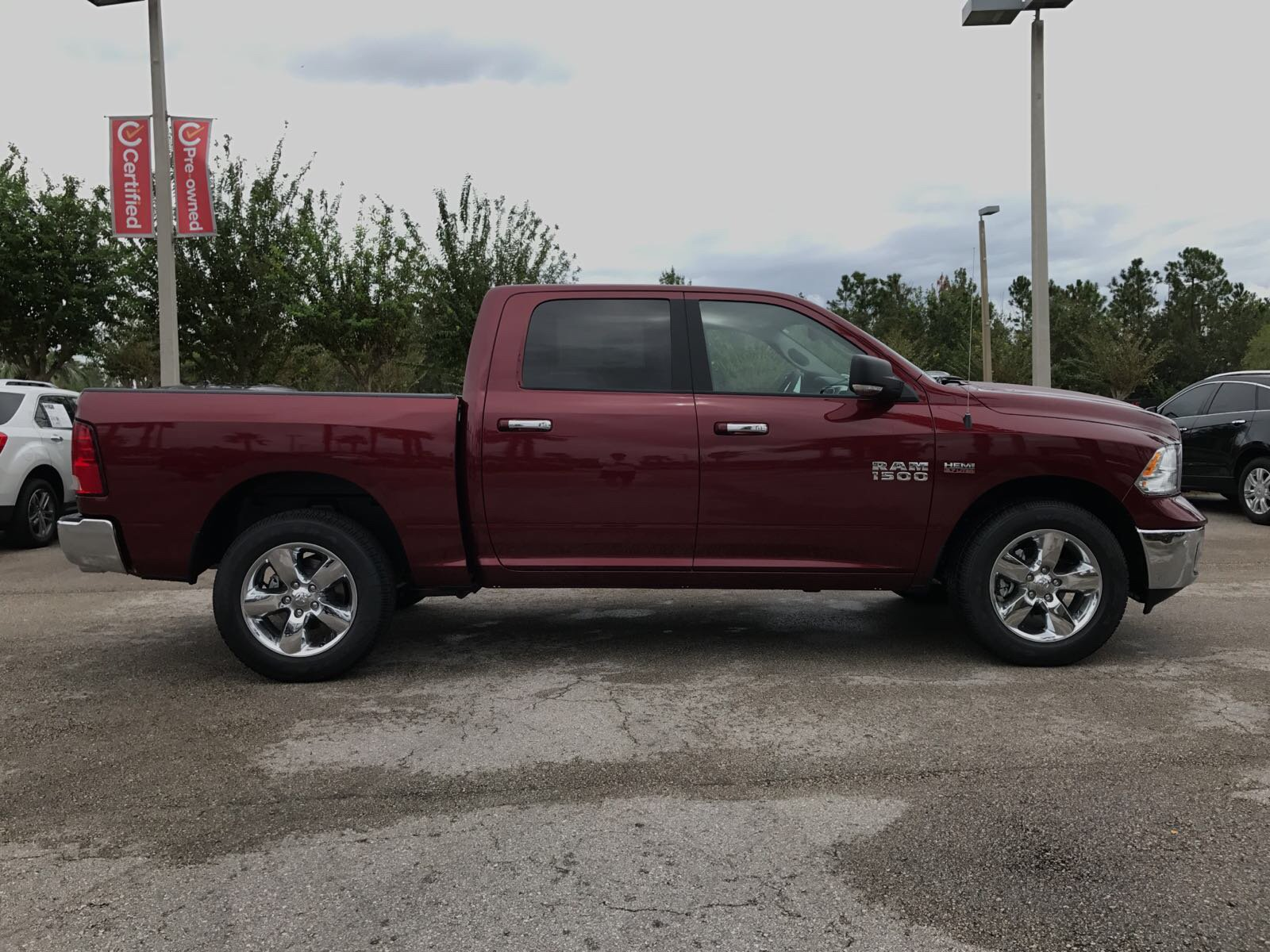 2017 Ram 1500 Crew Cab 4x4 Pickup #R17876 - photo 6