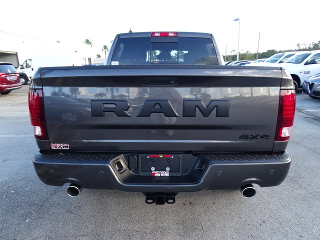 2018 Ram 1500 Crew Cab 4x4 Pickup #R18109 - photo 7