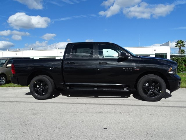 2018 Ram 1500 Crew Cab 4x2,  Pickup #R18110 - photo 4