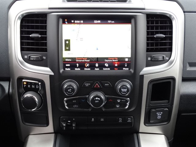 2018 Ram 1500 Crew Cab 4x2,  Pickup #R18140 - photo 18
