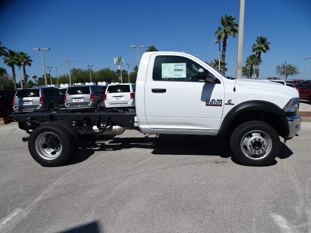 2018 Ram 5500 Regular Cab DRW, Cab Chassis #R18237 - photo 4