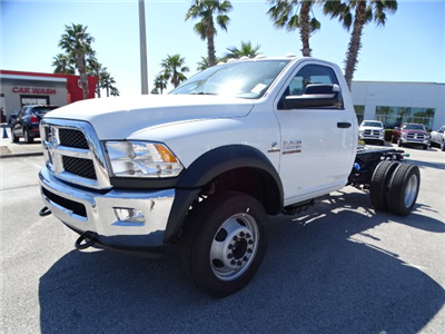 2018 Ram 5500 Regular Cab DRW, Cab Chassis #R18237 - photo 7