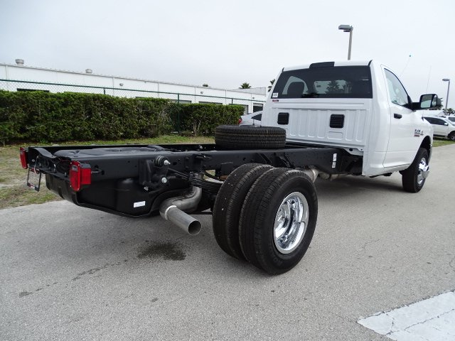 2018 Ram 3500 Regular Cab DRW, Cab Chassis #R18245 - photo 5
