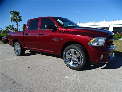 2018 Ram 1500 Crew Cab,  Pickup #R18339 - photo 3