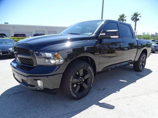 2018 Ram 1500 Crew Cab,  Pickup #R18345 - photo 7